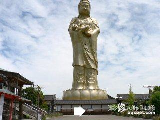 黄金のわくわく仏教ランド「(旧)ユートピア加賀の郷」【石川】