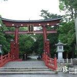 日本三大鳥居と土の神様が見守る小学校「氣比神宮・土公塚」【福井】