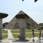 岐阜山中にピラミッド出現!「博石館」【岐阜】