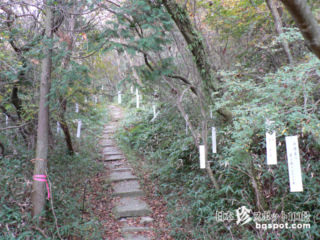 エロ俳句があちこちに吊るされている「木花開耶姫神社」【長崎】