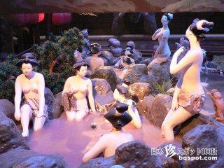 (一部閉鎖)頭クラクラドリームワールド「紫峰人形美術館」【愛知】