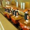 模型の汽車が位牌を乗せて塔を行き来する寺「能勢の高燈籠」【大阪】