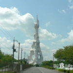 人生は芸術だ! 天にそびえるガウディ風の塔「PLタワー」【大阪】