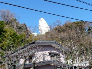 JR大船駅から見える巨大な白い顔は誰?「大船観音」【神奈川】