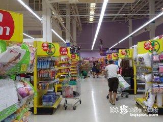 何でもそろうサムイ島の大型スーパー「テスコ・ロータス」【タイ】