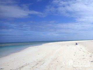 ツアー選びは慎重にしたい砂浜の無人島「ハテの浜」【久米島】