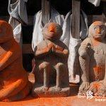 6000体の性器を赤く塗られた猿と大ケヤキ「三ツ木神社」【埼玉】