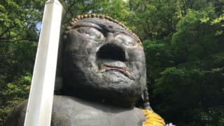 極彩色コンクリ仏像と未完成巨大仏の秘密「源宗坊寺」【広島】