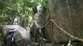 御神体の巨大な霊岩・甑岩(こしきいわ)「越木岩神社」【兵庫】