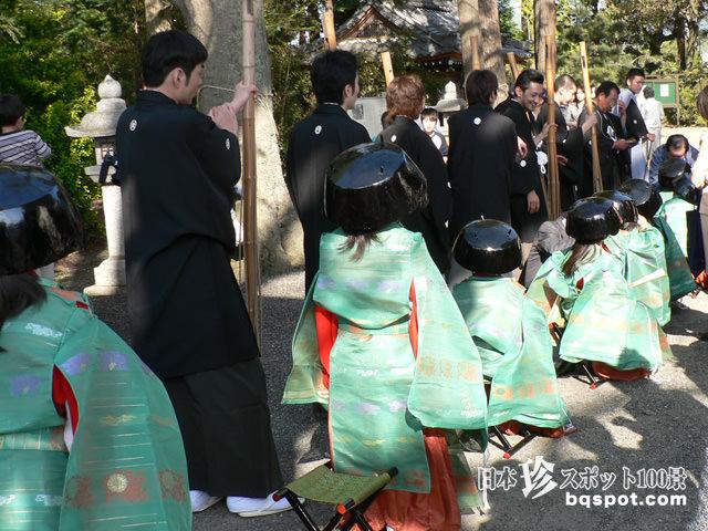 筑摩神社・鍋冠祭