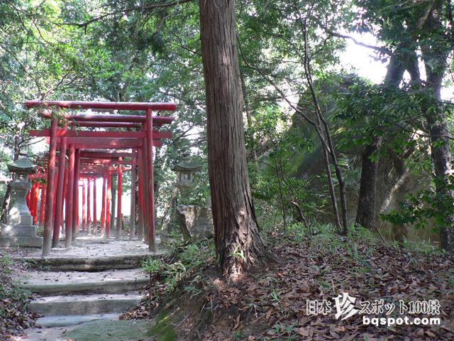鮒岩・丸山神社