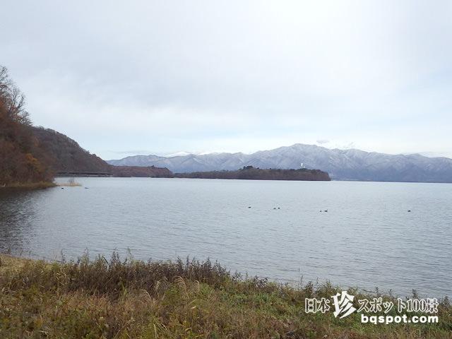 猪苗代湖の遊覧船